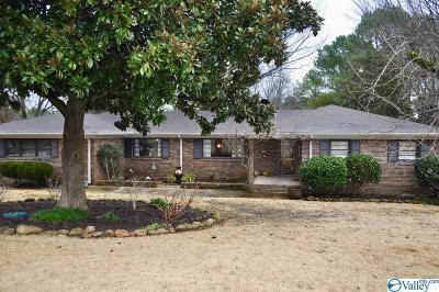 Huntsville Single Family Home For Sale: 5821 Criner Road