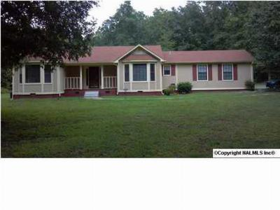 Hazel Green AL Single Family Home Recently Sold: $119,900