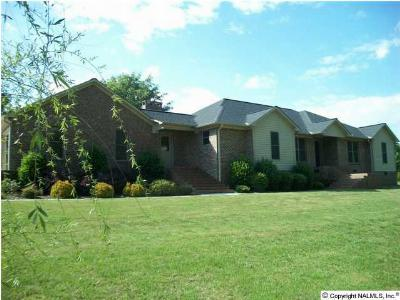 Boaz Single Family Home For Sale: 99 Pleasant Hill Cut Off Road