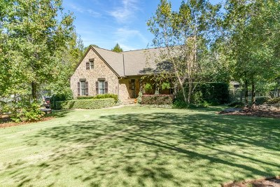 Salem Single Family Home For Sale: 20 Lee Rd 2116
