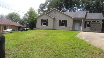 Phenix City Single Family Home For Sale: 902 Billie St