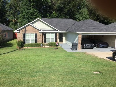 Phenix City Single Family Home For Sale: 724 Mill Pond Dr