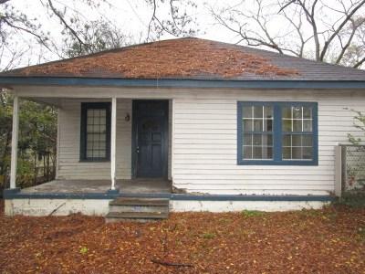 Phenix City AL Single Family Home For Sale: $9,900