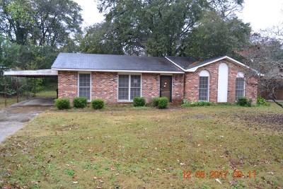 Phenix City AL Single Family Home For Sale: $94,900