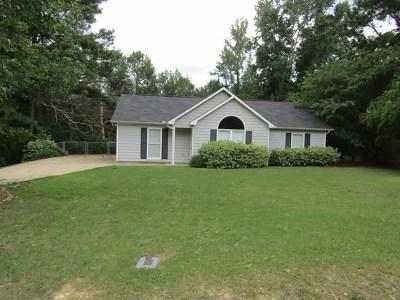 Phenix City AL Single Family Home For Sale: $111,500