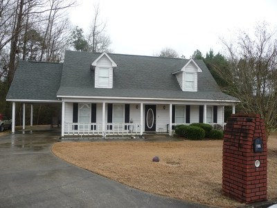 Phenix City AL Single Family Home For Sale: $129,900