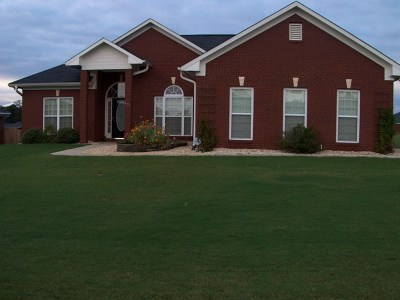 Phenix City AL Single Family Home For Sale: $165,000
