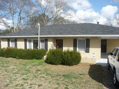 Phenix City AL Single Family Home For Sale: $120,000