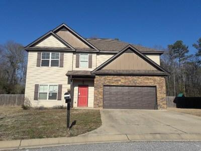 Phenix City AL Single Family Home For Sale: $141,500