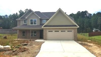 Salem Single Family Home For Sale: 43 Lee Rd 2207