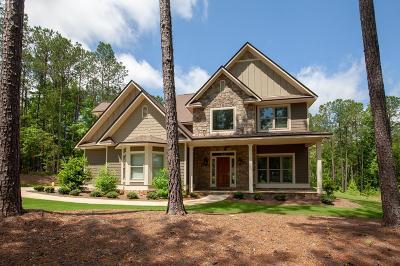 Salem Single Family Home For Sale: 55 Lee Rd 2116