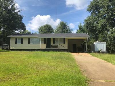 Phenix City AL Single Family Home For Sale: $74,900