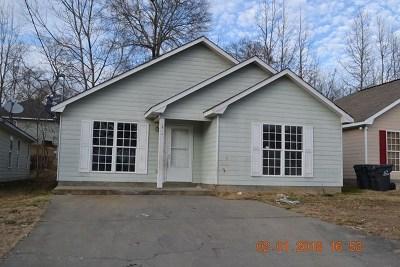 Phenix City AL Single Family Home For Sale: $59,000