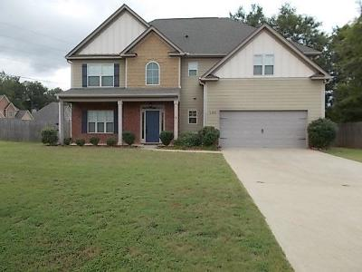 Phenix City AL Single Family Home For Sale: $196,000