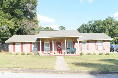 Phenix City AL Single Family Home For Sale: $157,900