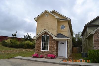 Phenix City AL Single Family Home For Sale: $97,900