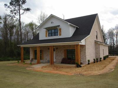 Phenix City Single Family Home For Sale: 2705 Sterling Dr.