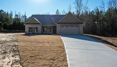 Salem Single Family Home For Sale: 33 Lee Rd 2119
