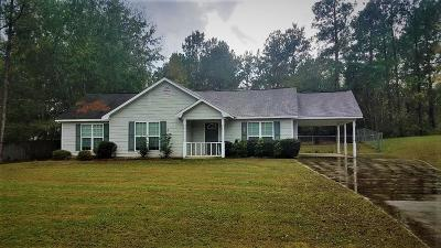 Salem Single Family Home For Sale: 88 Lee Rd 2088