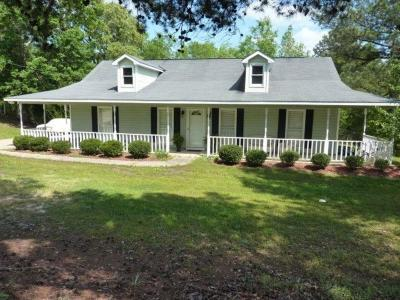 Phenix City Single Family Home For Sale: 509 Lee Rd 437