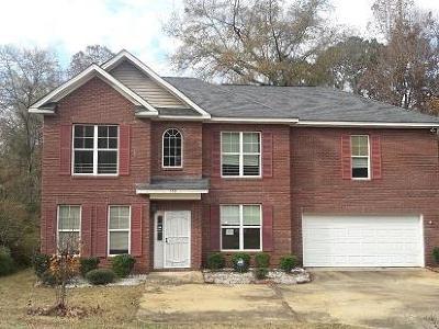 Phenix City AL Single Family Home For Sale: $122,500