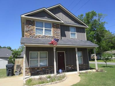 Phenix City AL Single Family Home For Sale: $124,900