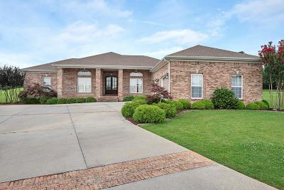 Muscle Shoals AL Single Family Home For Sale: $339,900