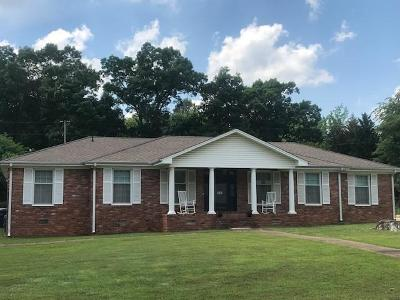 Florence AL Single Family Home For Sale: $154,900
