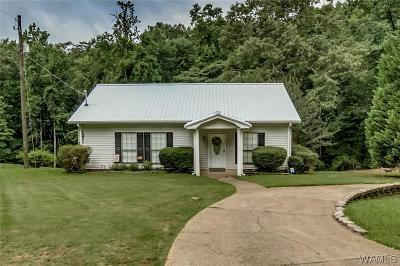 Northport Single Family Home For Sale: 15448 Beacon Point Drive