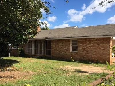 Single Family Home For Sale: 409 Crescent Ridge Road E
