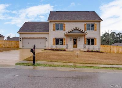 Northport Single Family Home For Sale: 362 Turtle Bay Circle