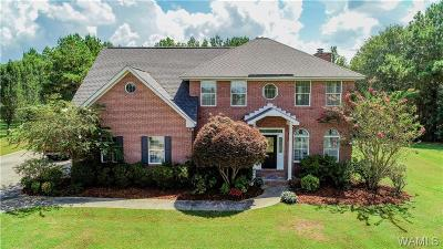 Northport Single Family Home For Sale: 16075 Pebble Beach Circle