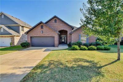Northport Single Family Home For Sale: 1011 Belle Meade Blvd