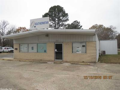 Commercial For Sale: 702 S Martin