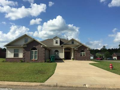 Redfield Single Family Home For Sale: 833 Sunnyside Ln