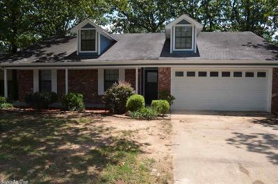 Jacksonville Single Family Home For Sale: 80 Creekwood Drive