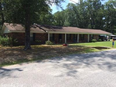 Warren Single Family Home Price Change: 102 Bradley 147 S Warren, Arkansas 71671 Street