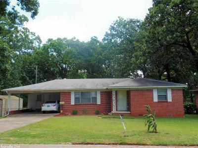Single Family Home For Sale: 2815 Bryant