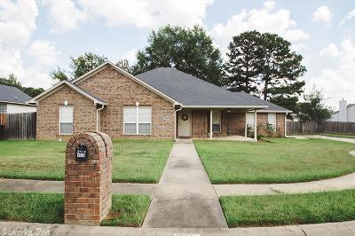 Single Family Home New Listing: 3008 Ozark Drive