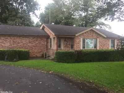 Lake Village Single Family Home For Sale: 4056 S Highway 65 & 82