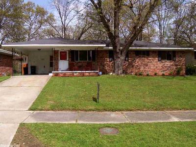 North Little Rock Single Family Home Take Backups: 5000 Oaklawn Drive