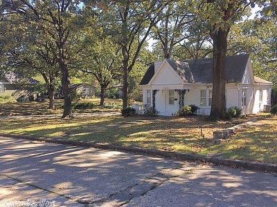 Little Rock Single Family Home New Listing: 5201 F Street