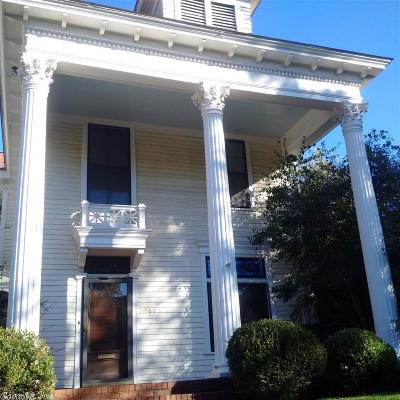Single Family Home For Sale: 1601 S Center