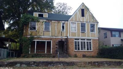 Single Family Home For Sale: 2110 S Battery