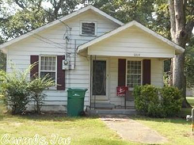 White Hall AR Single Family Home For Sale: $30,000