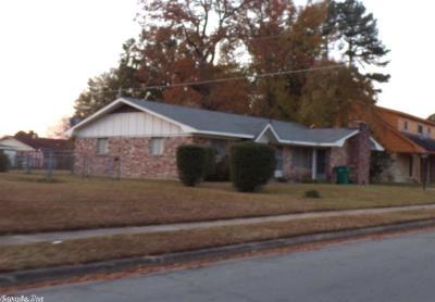 Single Family Home For Sale: 3110 Scott Avenue