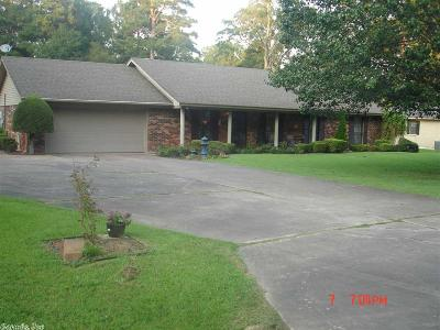 Single Family Home For Sale: 6709 Pinewood Cove