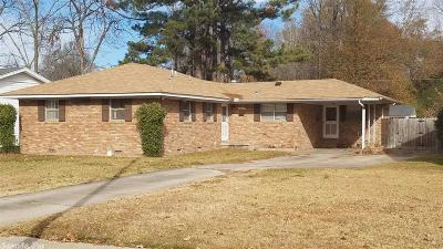 Pine Bluff Single Family Home For Sale: 1321 W 23rd Avenue