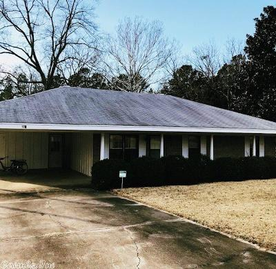 Monticello AR Single Family Home For Sale: $142,000