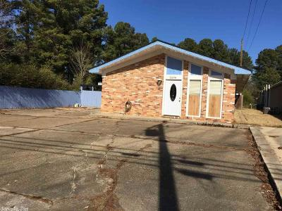 Commercial For Sale: 1606 W 4th Street